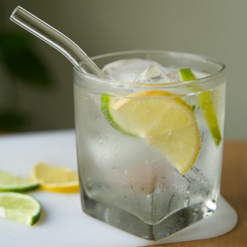 Curved glass straw for drinking cocktails