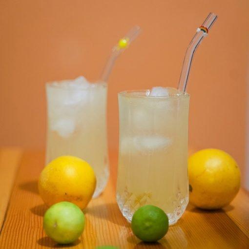 Glass straw with glass rainbow accent, curved straw